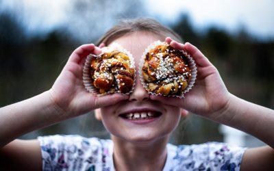 ia'sKanelbullar (cinnamon buns)
